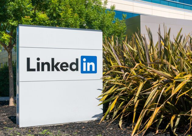 LinkedIn Blocked 21.6M Fake Accounts